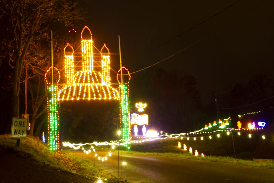 St. Albans Festival of Lights Kick-Off is Truly a Walk In The Park